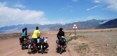GET INSPIRED: Some simple things to keep in mind and encourage you to try bike touring for yourself.